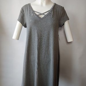 NWT Arizona Short Sleeve Dress w Criss Cross Neck